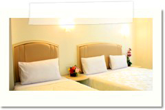 p_a_ville_hotel_room_tripple03